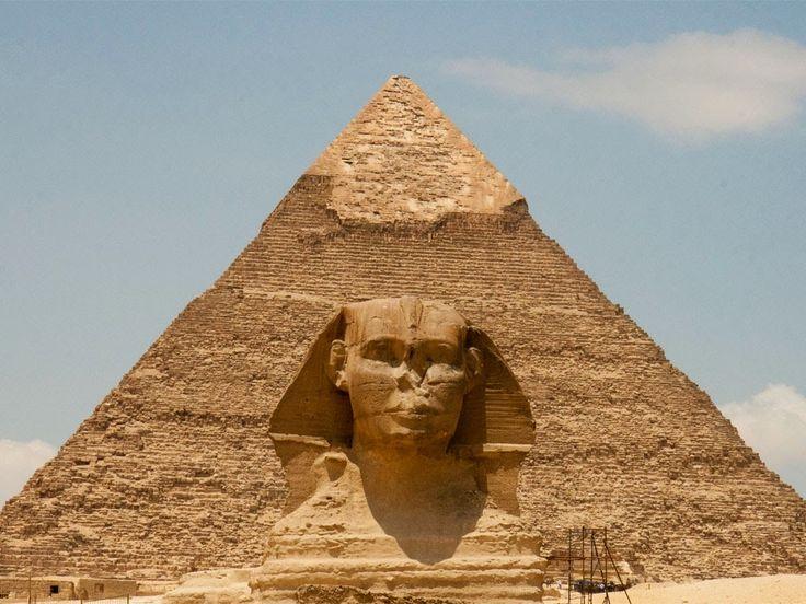 La esfinje grande de Guiza, Tours y excursiones en Cairo a las piramides de Guiza las tres famosas piramides de Guiza, una de las siete maravillas del mundo desde port said puerto #tours_en_cairo #excursiones_del_puerto_port_said #tour_piramides_en_cairo   http://www.maestroegypttours.com/sp/Excursiones-en-Tierra/Excursiones-del-puerto-de-Port-Said/Excursion-a-El-Cairo-y-las-pir%C3%A1mides-por-un-d%C3%ADa-del-puerto-de-Port-Said