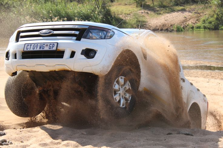 Ritchie Auto in conjunction with Ford are running 4X4 courses for free to their customers. Visit their website for details: http://www.ritchieauto.co.za/