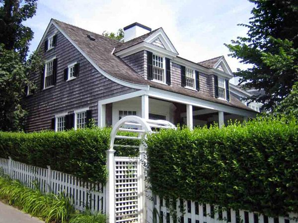 Building a lattice fence on a slope woodworking projects for Martha s vineyard house plans