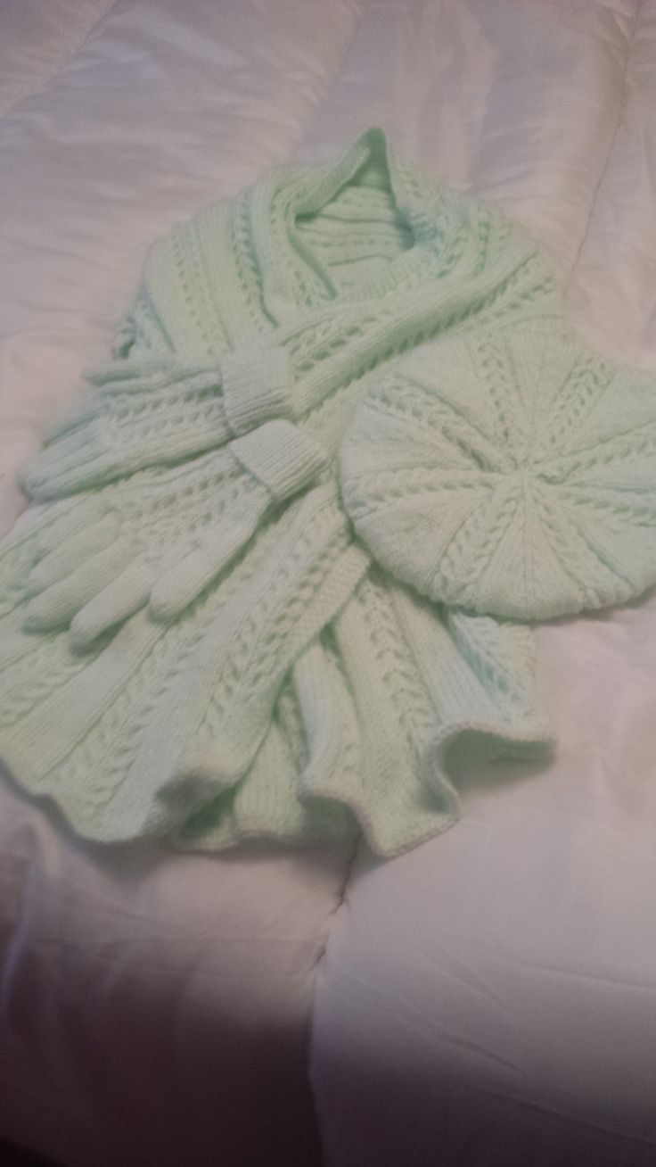 Client order completed - Mint Green Ladies Extra Long Scarf, Beret & Gloves Set