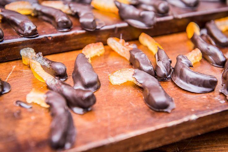 Orange candy peal dipped in dark choccolate Catering #guidilenci Photo #IuriNiccolai All Rights Reserved GUIDI LENCI www.guidilenci.com