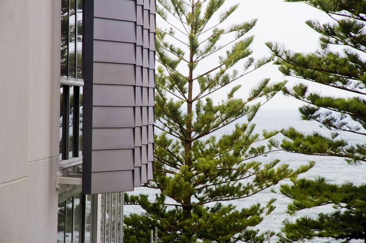 Stryum Facade Architecture - Step facade panel by Stryum has been used on the Platinum Apartments in Wollongong. We love the silver anodised finish.