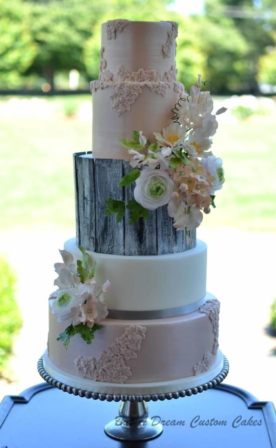Rose Gold and Rough by Elisabeth Palatiello - http://cakesdecor.com/cakes/246161-rose-gold-and-rough