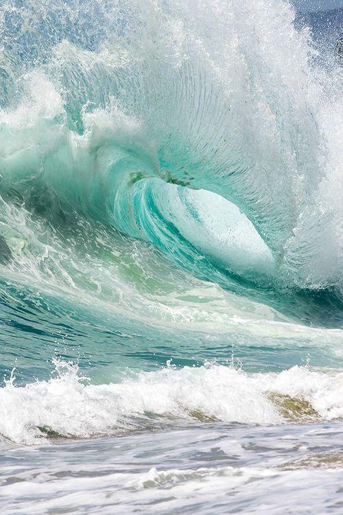 etherealvistas:  Laguna Swell (USA) by Brandon Jennings