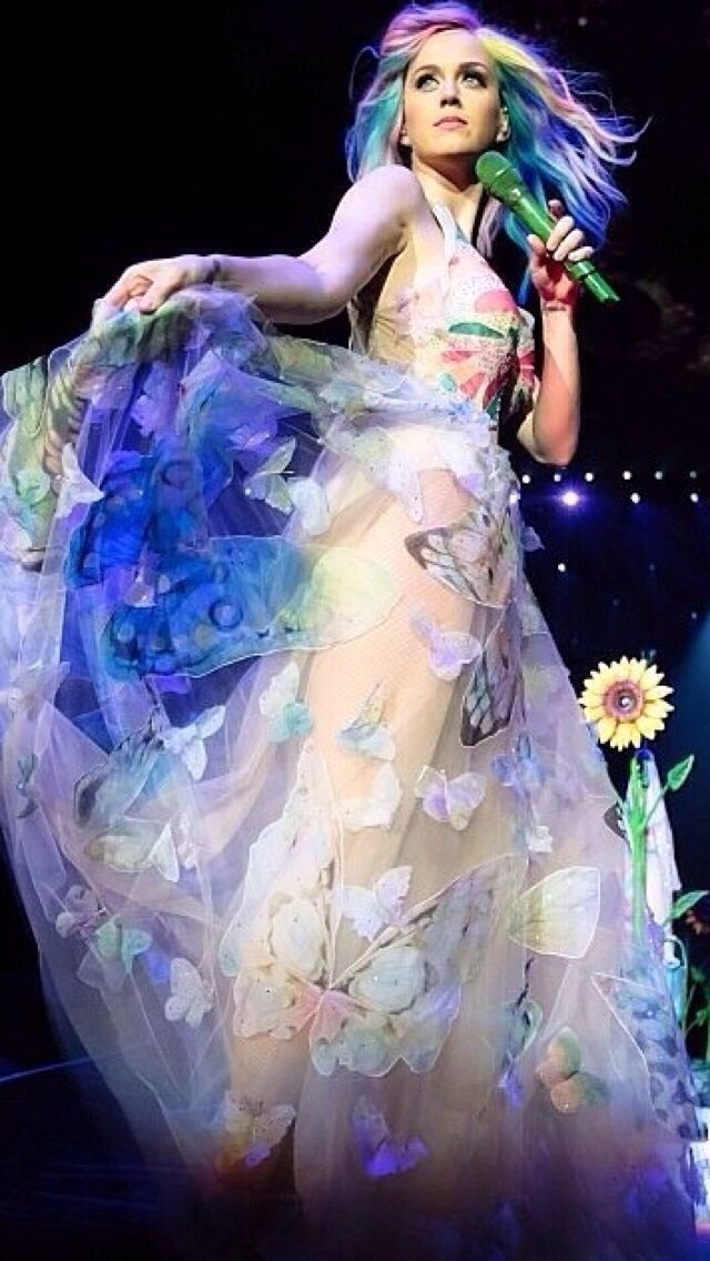 Katy Perry prismatic world tour! Love the butterflies on her dress  she's singing Double Rainbow!!