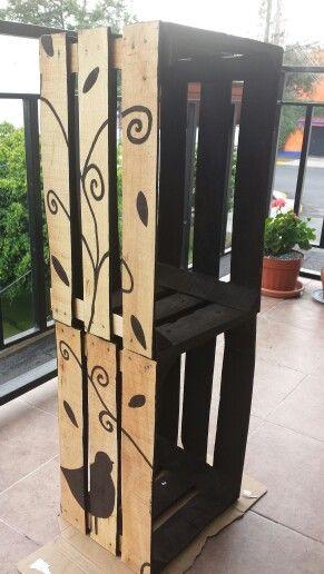 mueble hecho con huacales