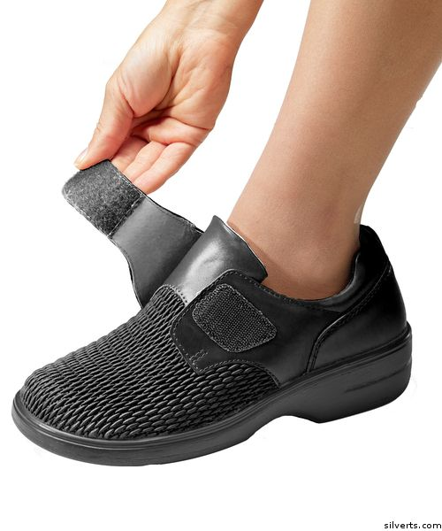 Propet Shoes Wide Leather Shoes For Women - Adjustable VELCRO® Brand Fastener Shoes - Black