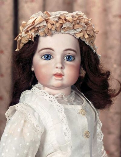 Keeper Of The Dolls 152 Very Beautiful French Bisque