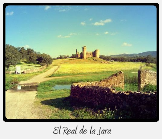 Castle in the countryside - Via de la Plata (Silver Way), Section 1/10: From Sevilla to Monesterio