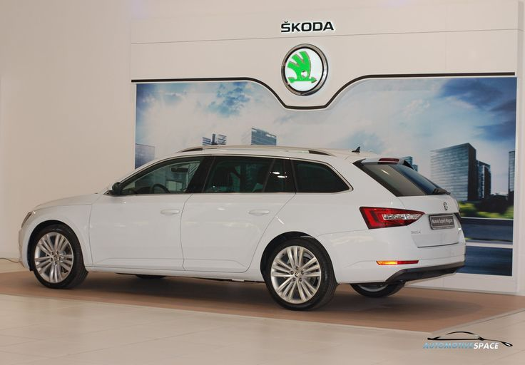 Nuova Skoda Superb Wagon 2015