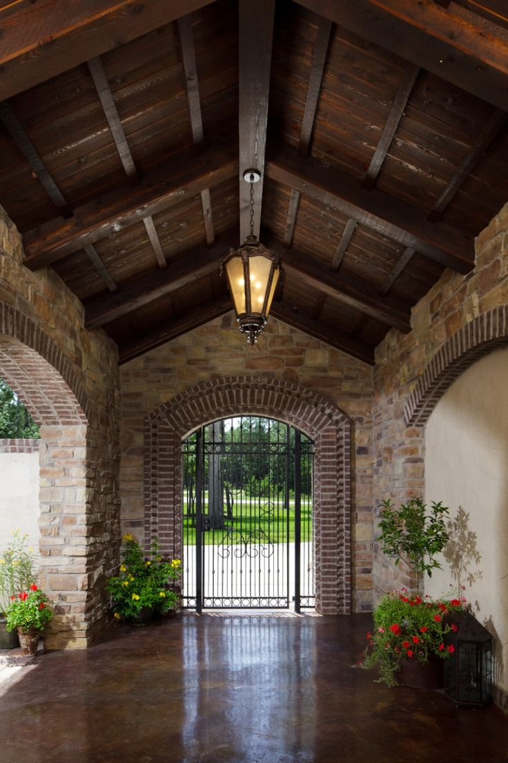 1000 images about mexican courtyards gardens on pinterest for Mexican porch designs
