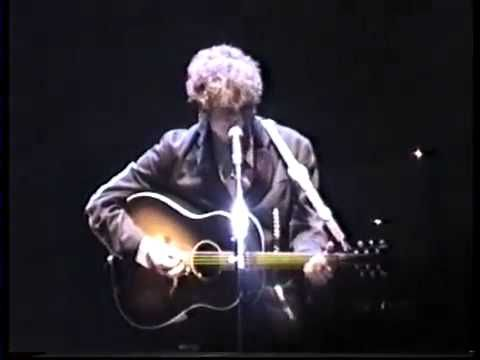 """Bob Dylan: 10 live versions of """"Visions of Johanna"""" (Videos & audios) 