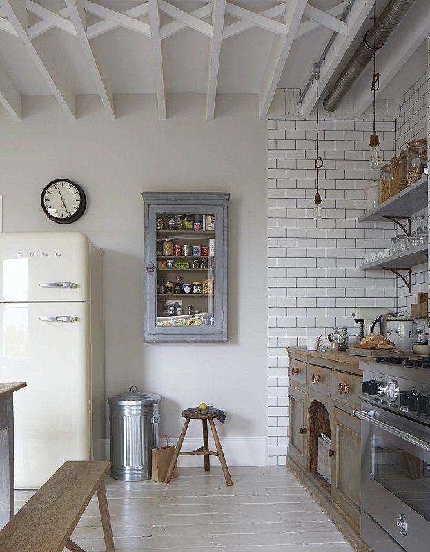 Skandinávský styl skvěle zakomponovaný ve starém londýnském bytě | Living | bydlení | WORN magazine