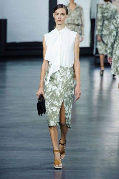 2015 SS 뉴욕 패션 트렌드   1. Jason Wu 미쉘 오바마를 포함한 매니아층을 형성하며 부쩍 성장한 제이슨우2015 SS 뉴욕 패션위크 컬렉션은 자신감 있고...