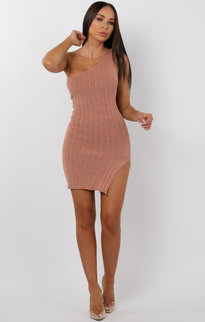 c75c97b7ae6e Rose Knitted Ribbed Long Sleeved Midi Dress - Ellie - S/M (8/10) in 2019 |  Sexy things | Long sleeve midi dress, Dresses, One shoulder