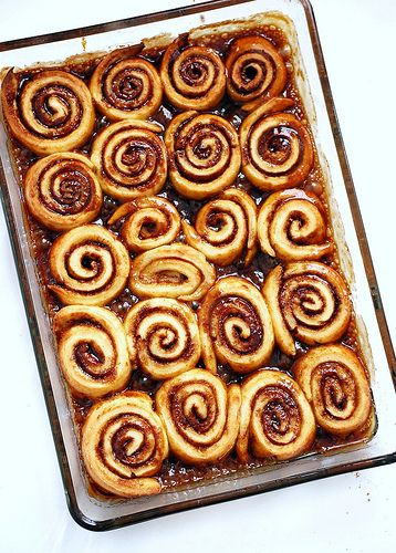 cinnamon rolls! (gluten free!)