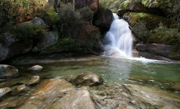 Four waterfalls near Melbourne you can swim in