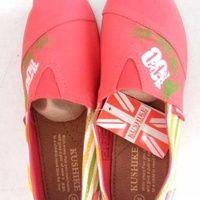 Ready stock sepatu wakai warna pink dan biru