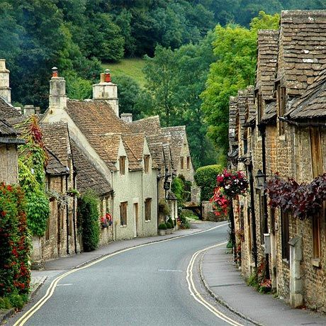I'm so lucky to live in the heart of the Cotswolds, with scenes like this on my doorstep!