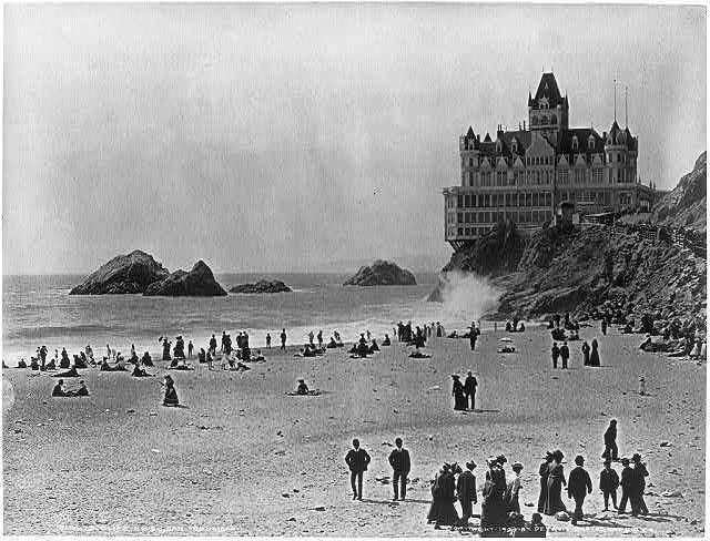The Cliff House in 1940 - with all the fog, those pants and skirts look pretty comfy!