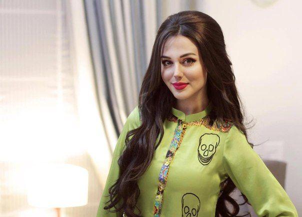 ♔ Gorgeous Women: Aisha Linnea Akhtar