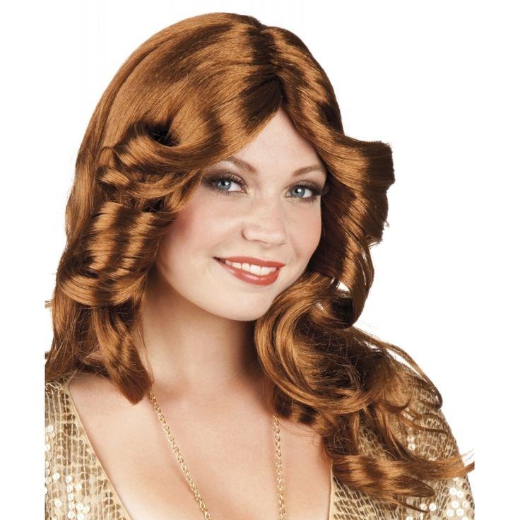 Bruine disco pruik voor dames  Abba disco pruik bruin haar. Mooie damespruik met bruin golvend haar in de stijl van jaren 60/70 disco. Deze Abba dames pruik heeft lang haar is bruin en heeft golvend haar.  EUR 13.95  Meer informatie