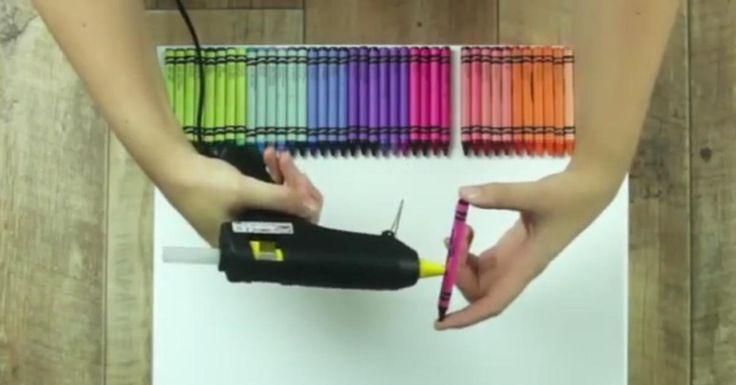"""On connaît tous les crayons à la cire, utilisés et usés pendant notre enfance. Alors que nous avions seulement l'habitude de les """"écraser"""" sur une feuille de papier pour créer des histoires sorties de notre imagination, nous vous proposons aujourd'hui une idée originale avec laquelle les plus grands retrouveront leur âme d'enfant."""