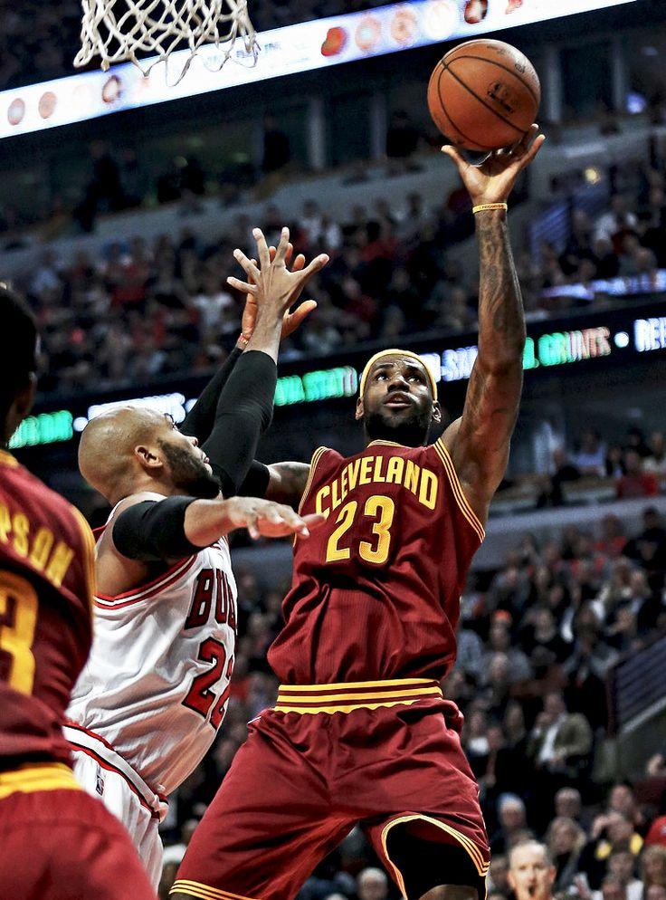 """ LeBron James vs. Chicago Bulls | 36 Pts - 8 Rebs - 4 Asts | 10/31/14 """