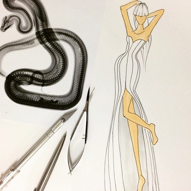 X-ray  #gown #corsetry #collection #inspiration #design #fashiondesign #fashiondrawing #illustration #fashionillustration #fashionfigure #9heads #snake #xray #blackandwhite #drawing #drawingoftheday