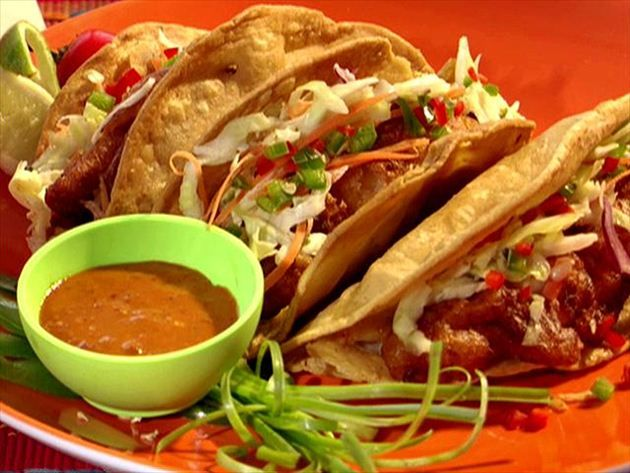 17 best images about chef bobby flay recipes on pinterest for Food network fish tacos
