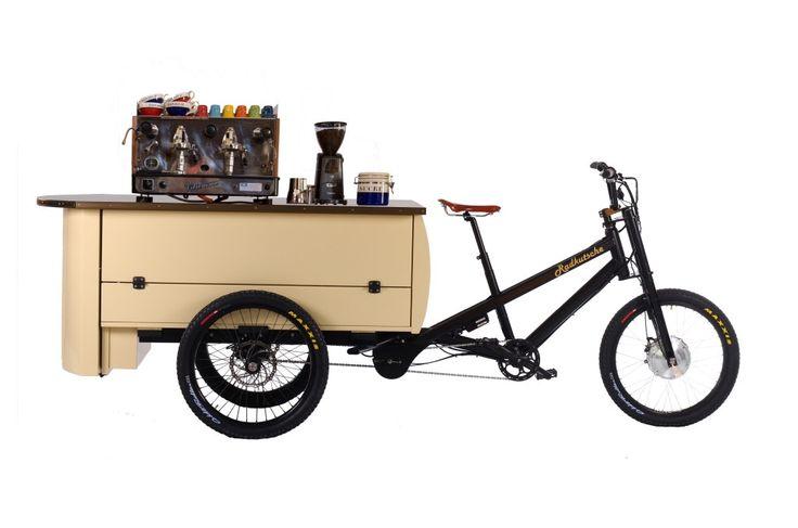 Käffchen gefällig? Unser Kaffeerad vertreibt deine Müdigkeit. Wir haben es allerdings noch nicht geschafft, während des Fahrens Kaffee zu brauen... ;-)  #Lastenrad #Kaffeerad