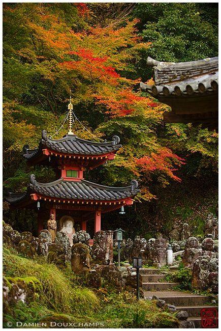 https://flic.kr/p/PuzWLU | Otagi-nenbutsu-ji temple, Kyoto