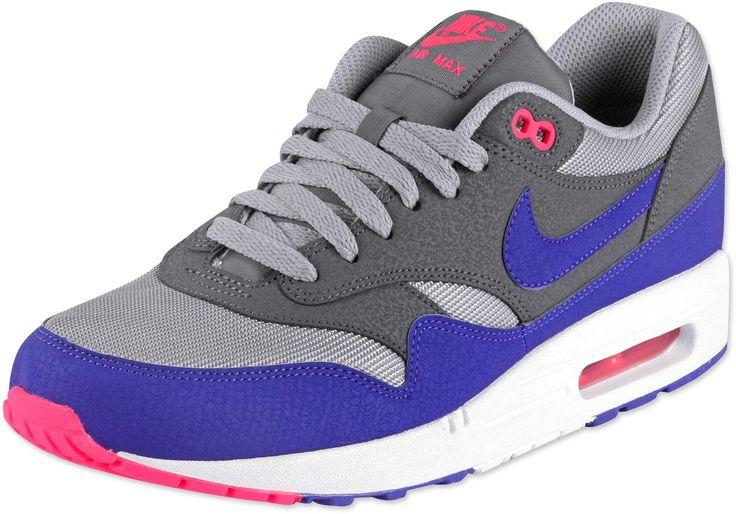 Nike genesis leon