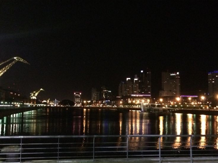 Noche em Puerto Madero