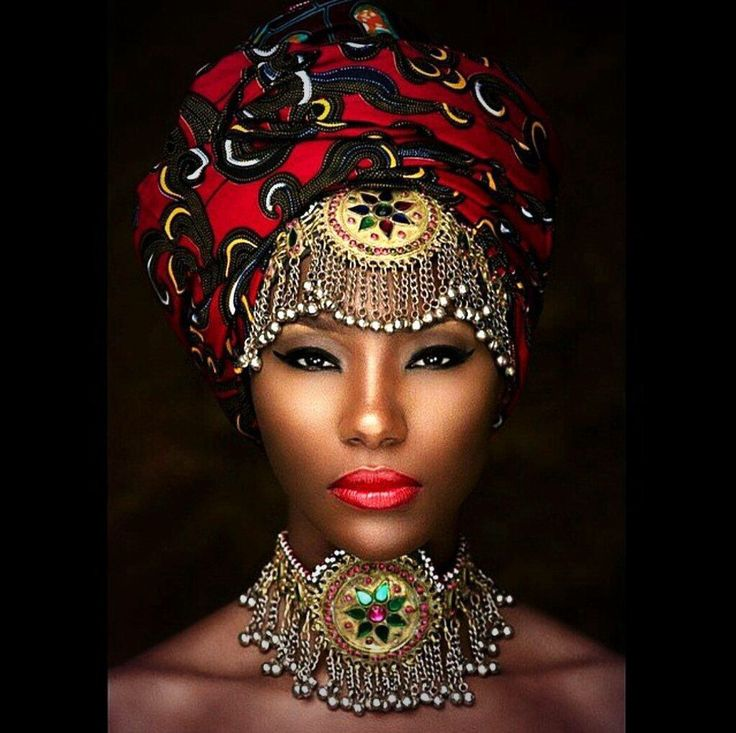 Black Female Fashion: Why Can't We Wear Accessories Like This Everyday!