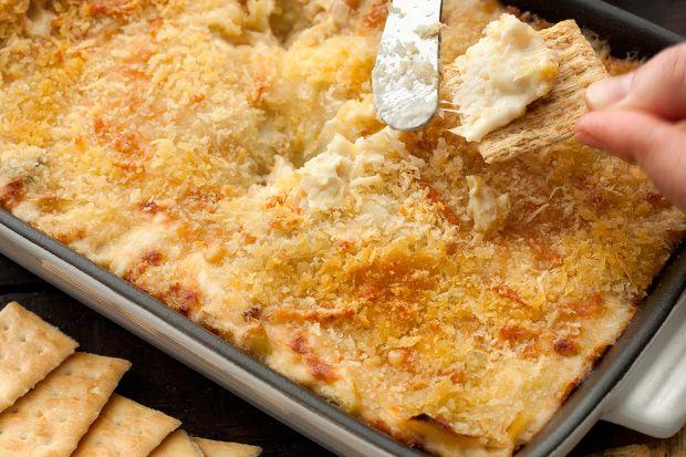 Cheesy Artichoke DipFun Recipe, Yummy Recipe, Dips Recipe, Parties, Super Bowls, Appetizers, Favorite Recipe, Artichokes Dips, Cheesy Artichokes