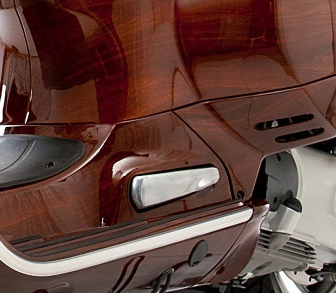 Мотороллер VESPA в обновленном виде от Digital Veneer
