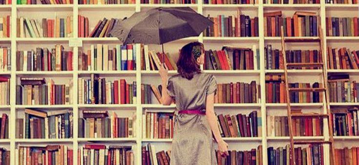Ευτυχία είναι να αγοράζεις ένα καινούριο βιβλίο και να τρέχεις σπίτι για να μπεις στον άγνωστο κόσμο που θα σου αποκαλύψει.