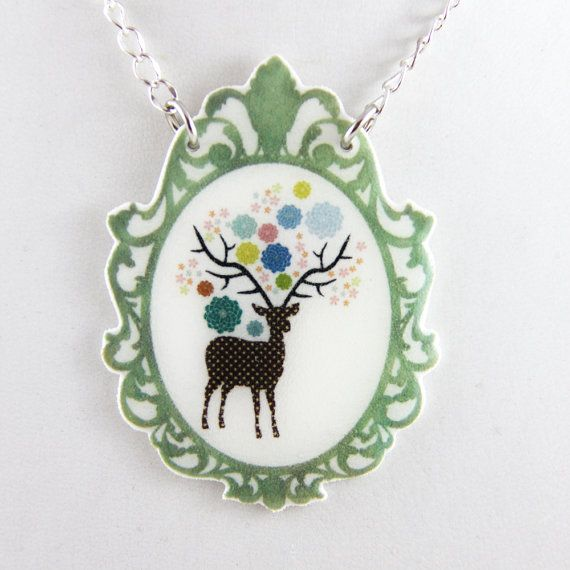 Deer Pendant Necklace Shrink Plastic with Resin  par kelliechristie, $25.00