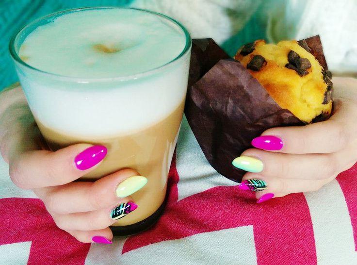 Coffee&Muffin ♥ Pierwsze sześć apetycznych kolorów z paletki Coffee&Muffin dostępne już na www.semilac.pl Zdjęcie autorstwa Patrycji Maleszka
