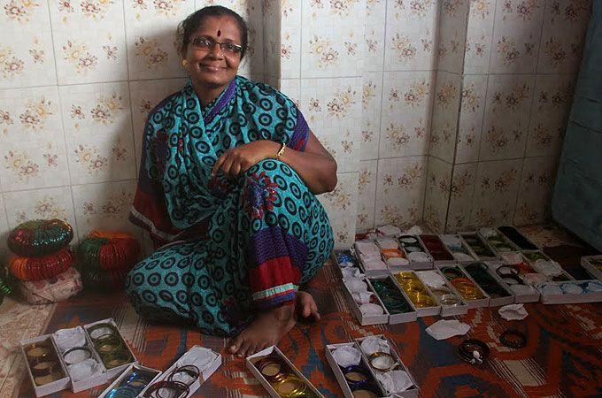 004 Mumbai slum entrepreneurs mean business Dharavi, India's