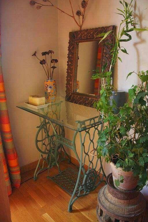 Arrimo ideas con m quinas de coser pinterest for Casa muebles singer villavicencio