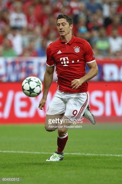 Robert Lewandowski of Muenchen runs with the ball during the UEFA Champions League Group D match between FC Bayern Muenchen and FC Rostov at Allianz...