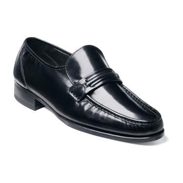 Check out the Como by Florsheim Shoes – designed for men who pay attention to the details and appreciate true craftsmanship. www.florsheim.com