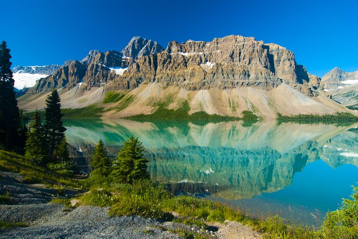 Travel the Icefields Parkway & experience one of Canada's most rewarding destinations.   This amazing route winds through two national parks, surrounded by unique landscapes and natural beauty.