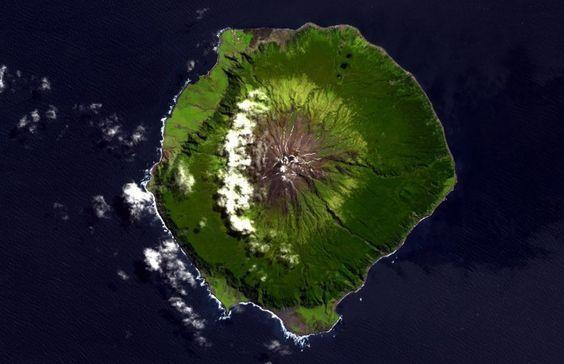O lugar mais remoto: ilha Tristão da Cunha