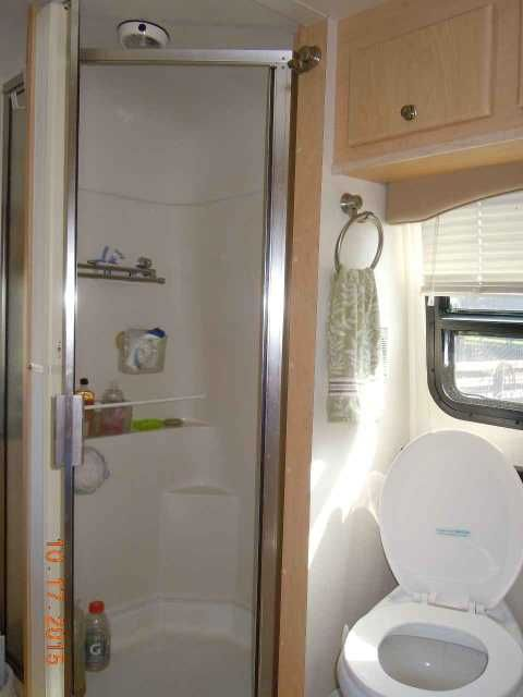 """2008 Used Coach House Platinum 232xl Class C in Florida FL.Recreational Vehicle, rv, 2008 Coach House Platinum 232xl , 2008 Coach House Platinum 232XLw/2 Slides, REDUCED**$73,995. The Drivable Luxury Touring Motorhome. Offered by Original Owners, this RV is in STUNNING, """"SHOWROOM"""" Condition!! It only has 24386 miles!! It has been stored indoors when not in use. It has the reliable and workhorse Ford E-450 Triton 6.0L V-10 Gas Engine (Ford will not be making these engines for much longer)…"""