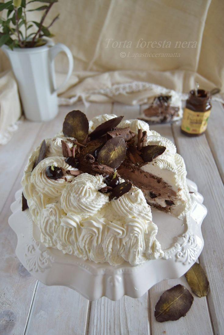 Torta foresta nera RICETTA SUL MIO BLOG ↓ http://blog.giallozafferano.it/lapasticceramatta/torta-foresta-nera/