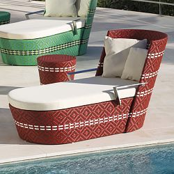 Point Icpalli Chaise Chair, Modern, Outdoor, Wicker, Patio, Chairs - HomeInfatuation.com.