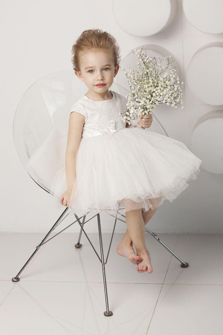 Воздушное платье для нежных малышек.